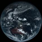 A nap képe – az első fotó a Földről, amely annak igazi színeit mutatja