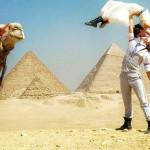 38 ország, 38 esküvő – egy akrobata házaspár elképesztő esküvői fotói