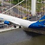 Így látták a Boeing-pilóták a Duna fölötti alacsony áthúzást