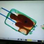 Ezért akarták bőröndben Európába csempészni az afrikai kisfiút
