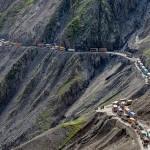 India legveszélyesebb hegyi útja, a Zoji La hágó