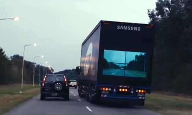 atlatszo-kamion