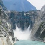 A világ legmagasabb duzzasztógátját építik Kínában