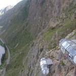 Sziklafalra épült üvegkapszulákban szállhatak meg a bátor utazók Peruban