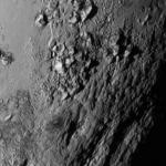 Új képeket tettek közzé a Plútóról és holdjáról