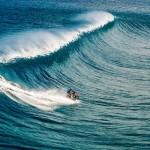 Robbie Maddison motorral szörfözött a tengeren