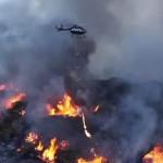 Lángszóró helikopterekből öntött benzinnel próbálják megfékezni a Kaliforniai tüzeket