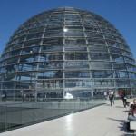 Lezárták a látogatók elől a Reichstag üvegkupoláját, miután 50 fokos meleget mértek benne