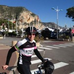 A világon legfiatalabbként kerülte meg a Földet kerékpáron egy brit tinédzser