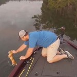 Photo: Hal helyett két kiscicát fogott ki egy alabamai folyóból két horgász