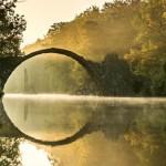 A mesebeli Rakotzbrücke