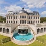 275 millió euróért kelt el a világ legdrágább magáningatlana, egy francia kastély