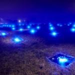 Száz darab kivilágított drónnal készítettek látványos fényjátékot Hamburg egén