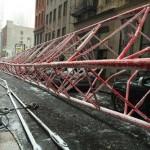 Photo: Lefilmezték, ahogy összedől egy óriási daru New York-ban