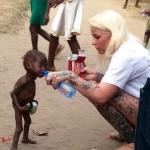 Több mint fél évig az utcán élt egy sorsára hagyott kétéves kisfiú Nigériában