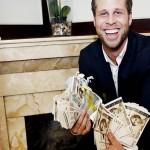 Milliókat talált új lakásában, a kandalló alatt egy norvég férfi, de nem tartotta meg a pénzt