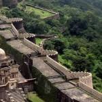 A Kumbhalgarh erőd és 36 kilométer hosszú várfala