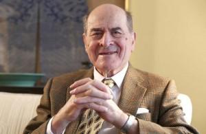 Először alkalmazta éles helyzetben a Heimlich-fogást a 96 éves Heimlich