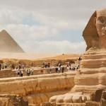 Fele annyi turista sem utazik Egyiptomba, mint tavaly