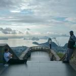 Ezt látta a fotós, aki háttal állt a világhírű turistalátványosságoknak