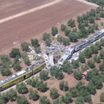 Emberi mulasztás okozhatta az olaszországi vonatkatasztrófát