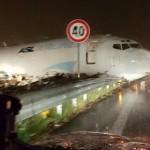 Az autóútra csúszott egy magyar repülőgép Olaszországban