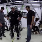 Elképesztő eredményeket értek el lebénult betegeknél, akiket robotikus vázzal tanítottak járni
