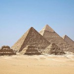 Ismeretlen üregeket fedeztek fel a gízai nagy piramisban