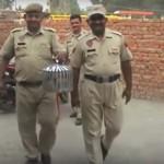 Őrizetbe vettek egy galambot Indiában