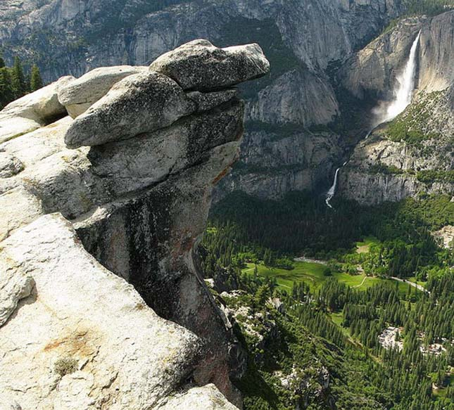 Overhanging rock