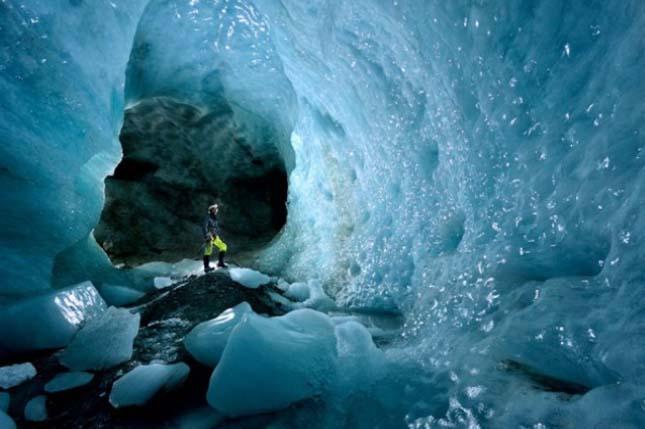 Jégbarlang