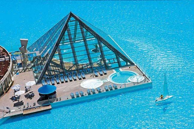 A világ legnagyobb és legmélyebb medencéje a chílei San Alfonso del Mar üdülőkörzetben