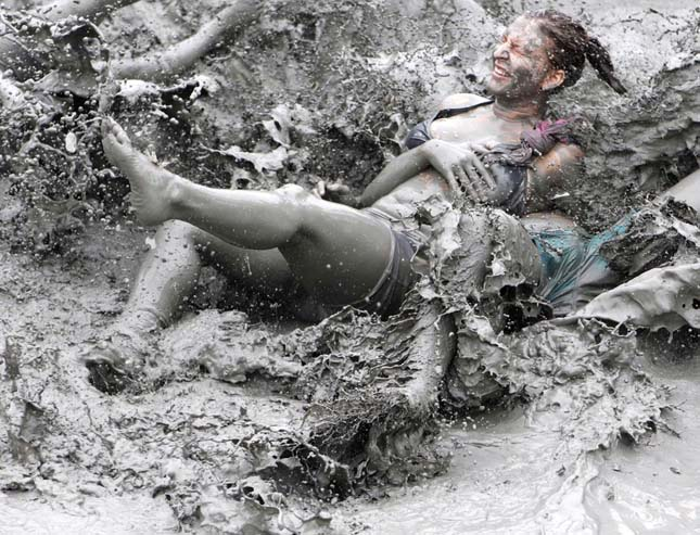 A Világ Legkoszosabb Fesztiválja – Boryeong Mud Fesztivál