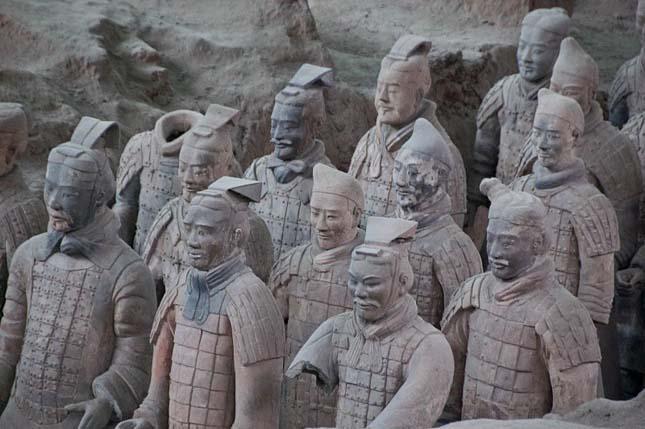A kína agyaghadsereg
