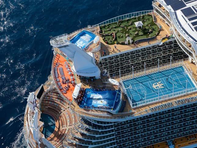Allure of the Seas, a világ legnagyobb óceánjáró hajója