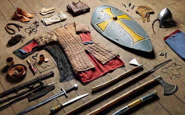 Katonai felszerelés