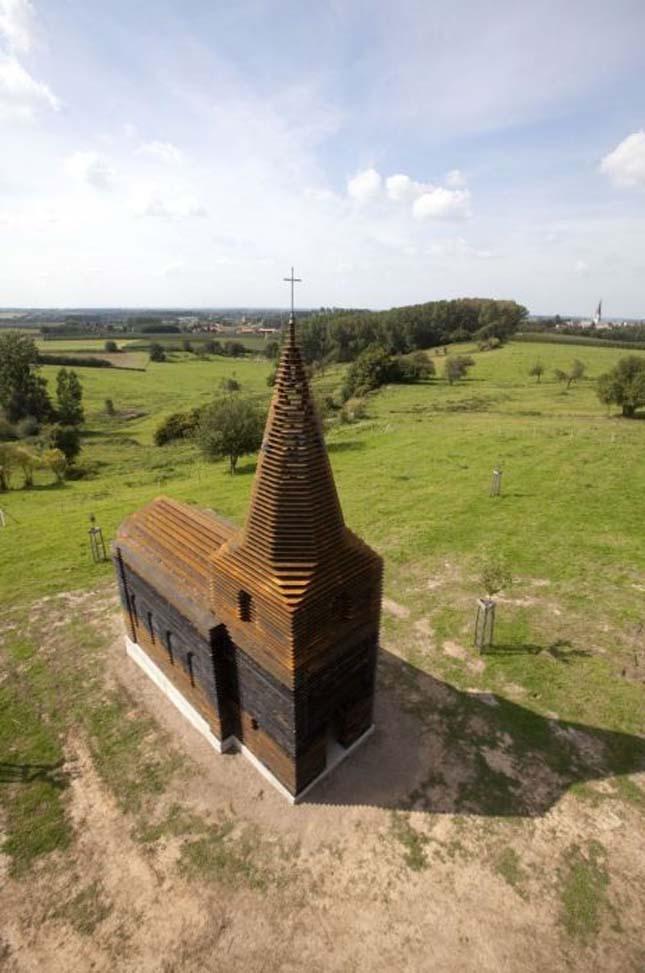 Átlátszó templom Belgiumban