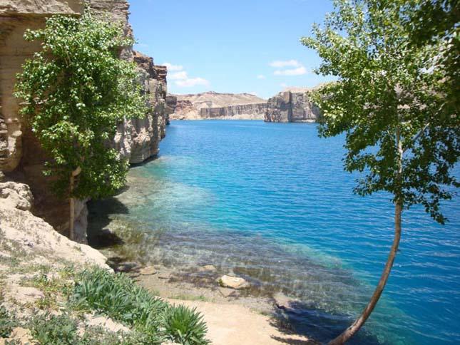 Band-e Amir tavai