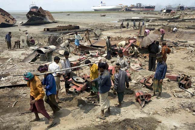 De Chittagong - hajóbontás Bangladesben
