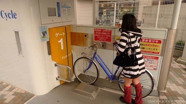 Föld alatti biciklitároló