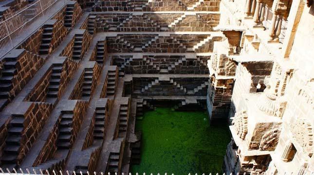 Chand Baori, lépcsős kút Indiában