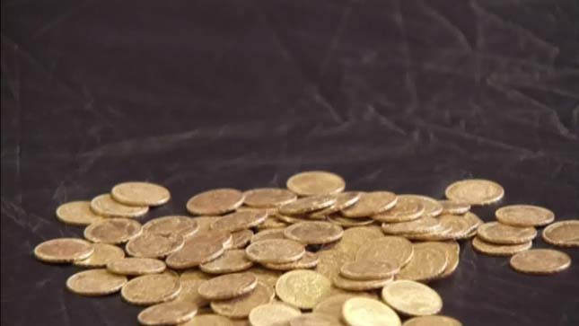 Elásott aranyérmék