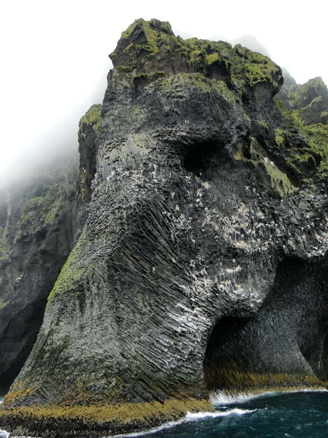 Elefánt szikla, Heimaey, Izland