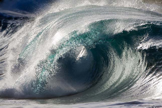 tengeri hullámok