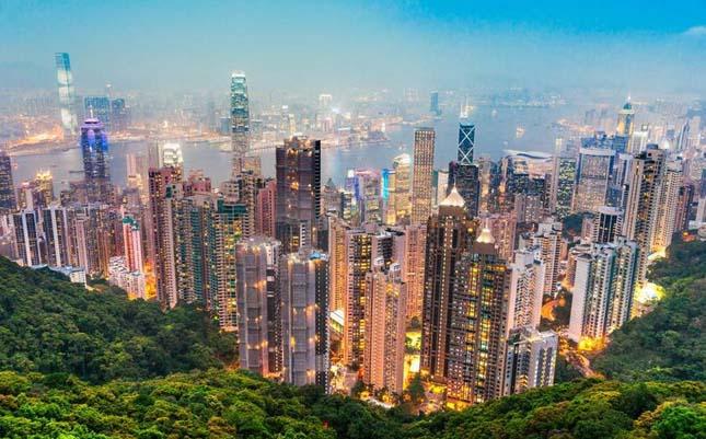 Impozáns városképek