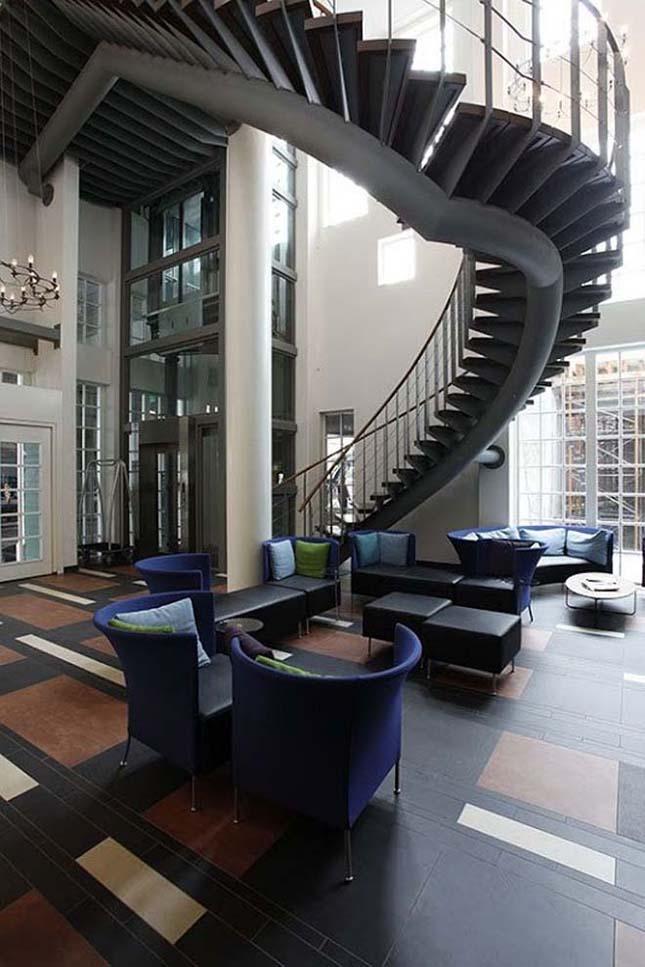 Intell Hotel