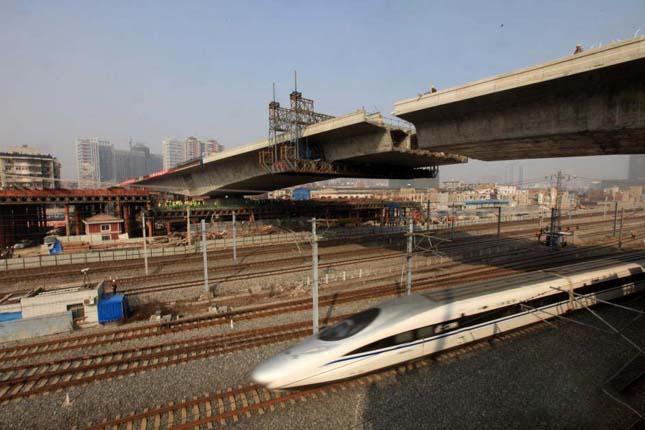 Kínai híd beemelése