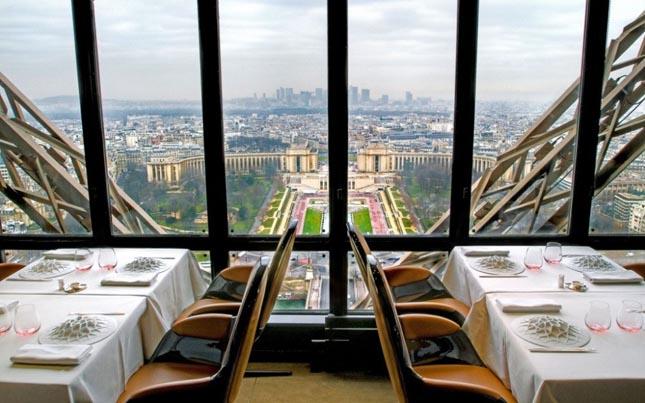 Le Jules Verne, Párizs, Franciaország