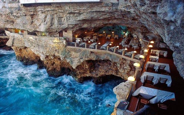 Grotta Palazzese, Bari, Olaszország