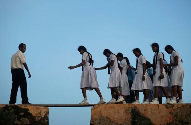 Veszélyes iskolába vezető utak